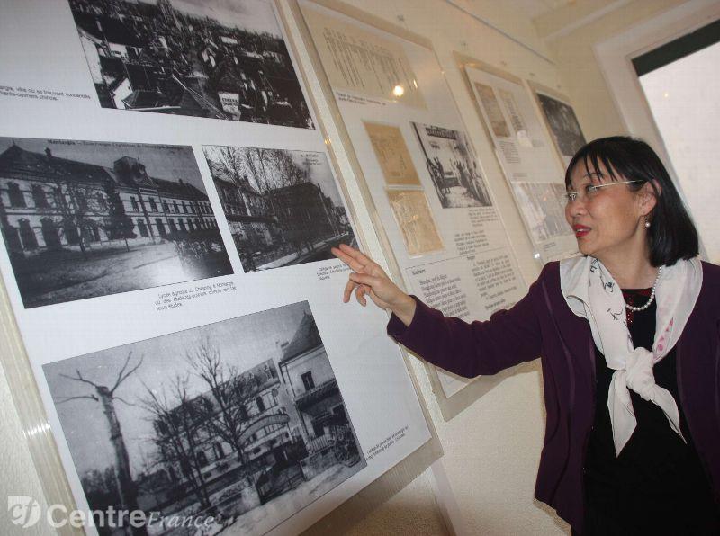 Actuellement, une quinzaine de panneaux retraçant l'histoire des jeunes Chinois qui ont rêvéde réformer leur pays depuis Montargis sont visibles au 15, rue Raymond-Tellier. - LA REP Photo